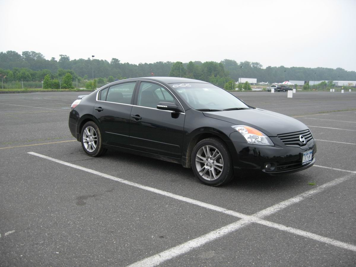 2007 Nissan Altima 3.5SE 6MT Picture, Mods, Upgrades