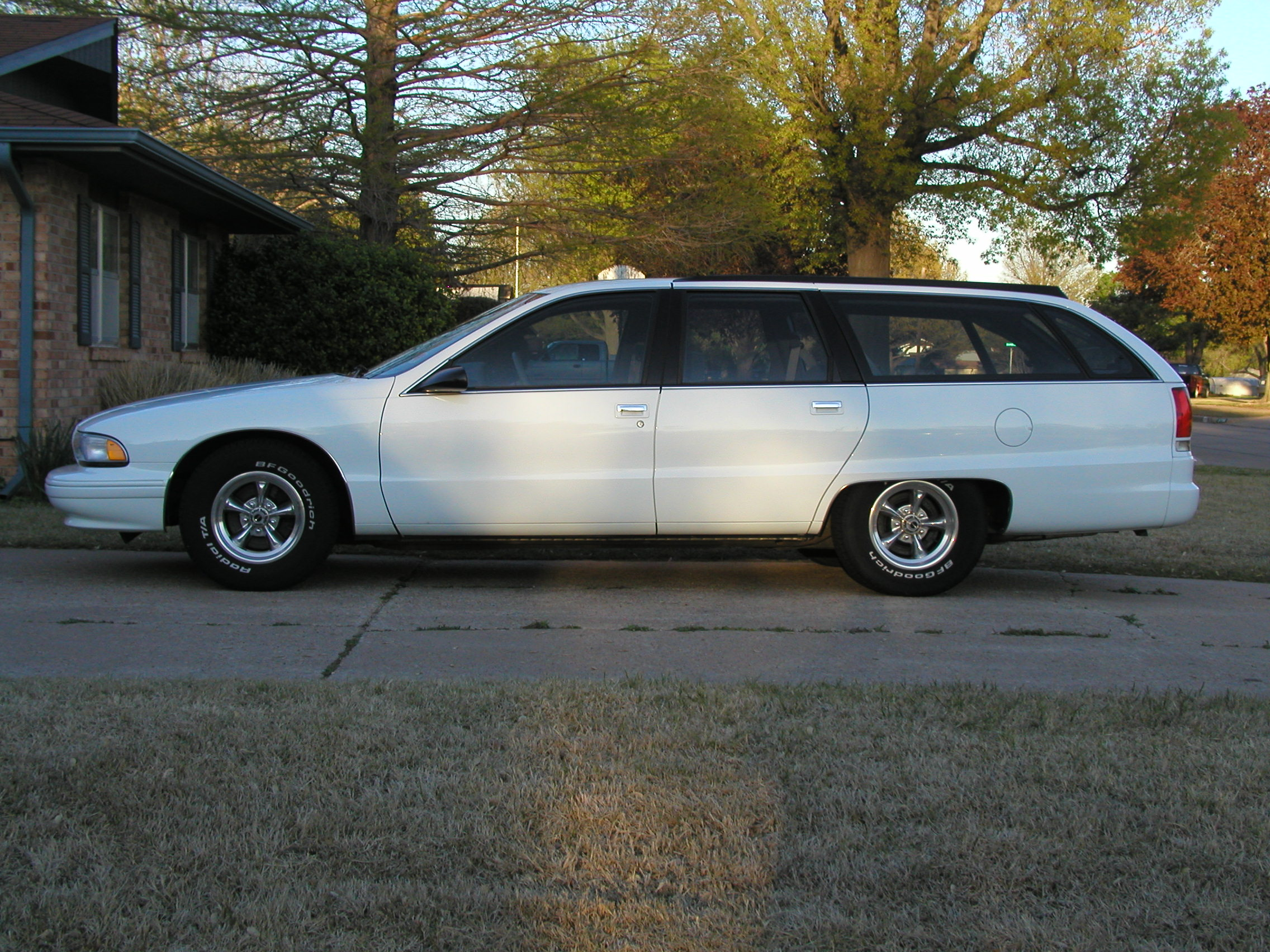 13577-1994-Chevrolet-Caprice.jpg