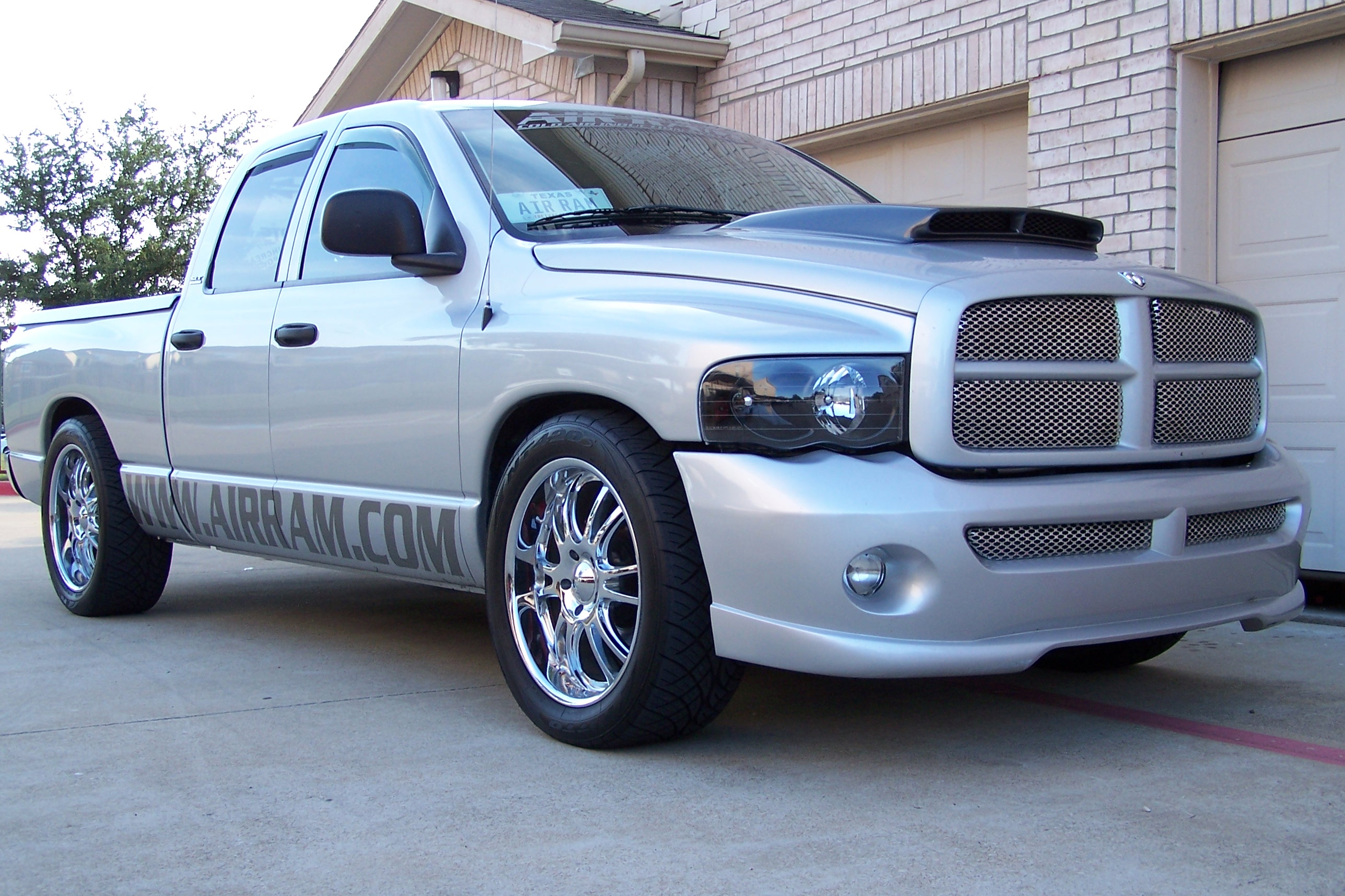 2002 Dodge Ram 1500 SLT QUAD CAB 4.7L MAGNUM 1/4 mile Drag Racing