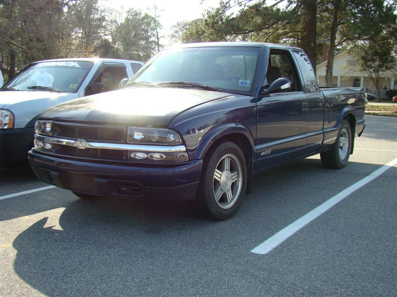 1998  Chevrolet S10 Pickup extcab 4.3 auto picture, mods, upgrades