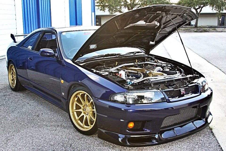 1995  Nissan Skyline R33 GTR picture, mods, upgrades