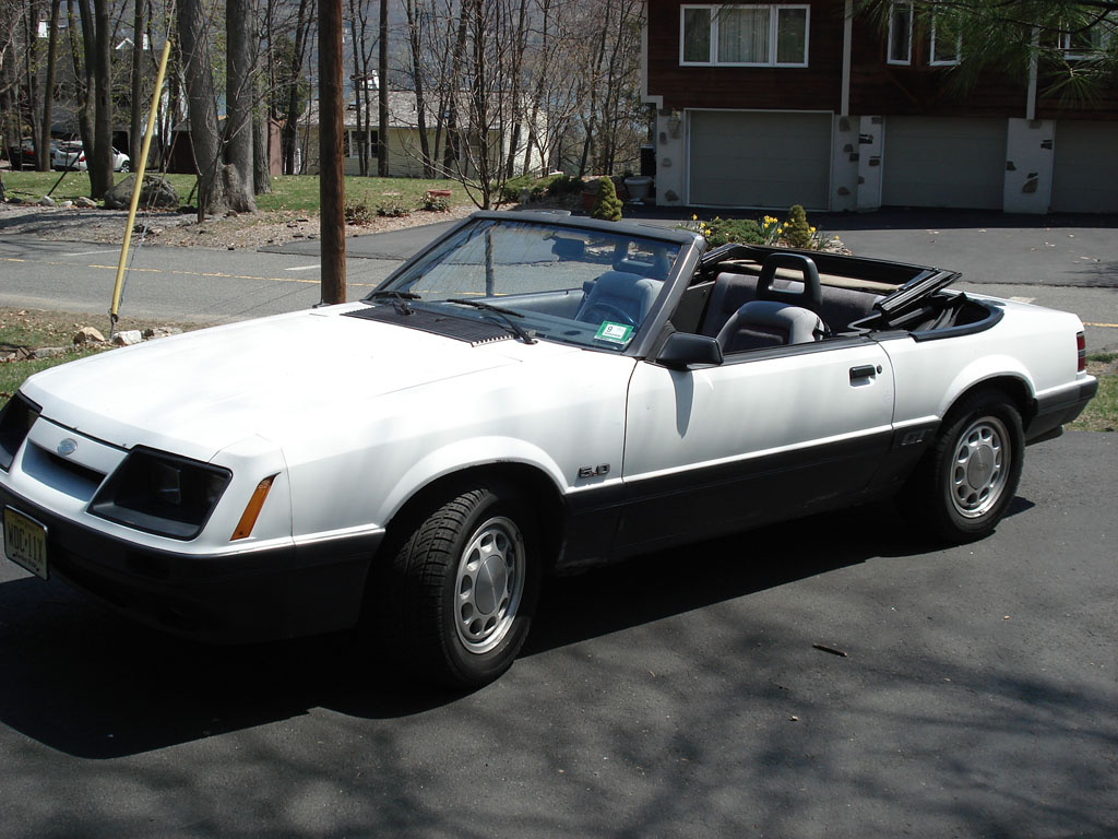 1985  Ford Mustang GT Convertible picture, mods, upgrades