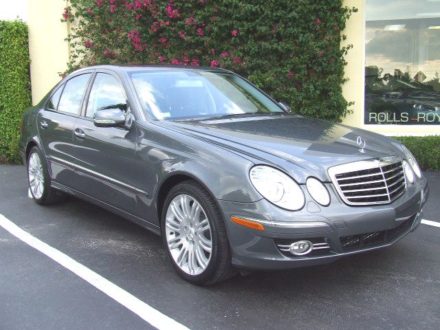 2008  Mercedes-Benz E550  picture, mods, upgrades