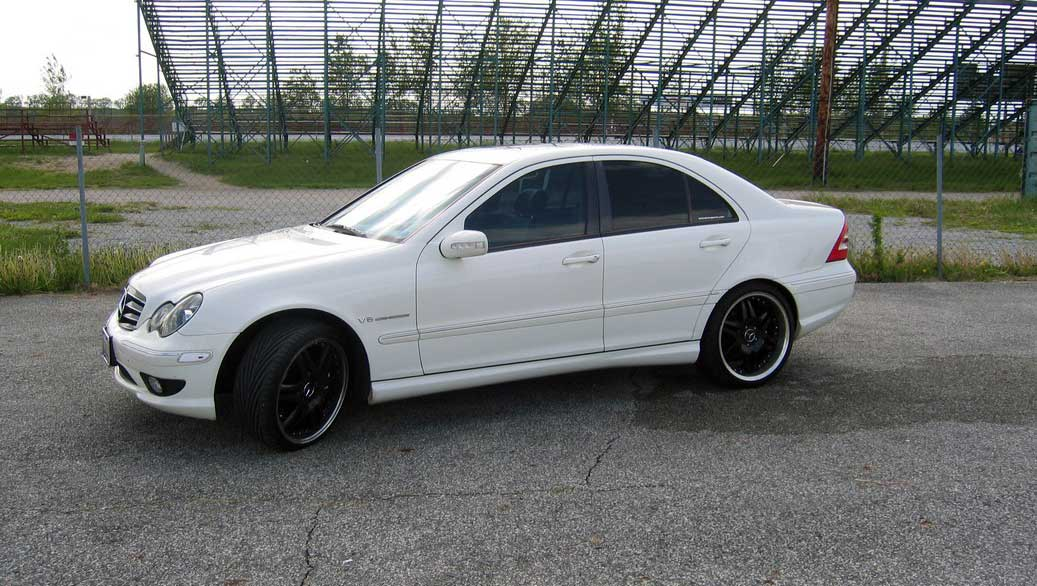 2002 mercedes benz c32 amg let motorsports 1 4 mile trap