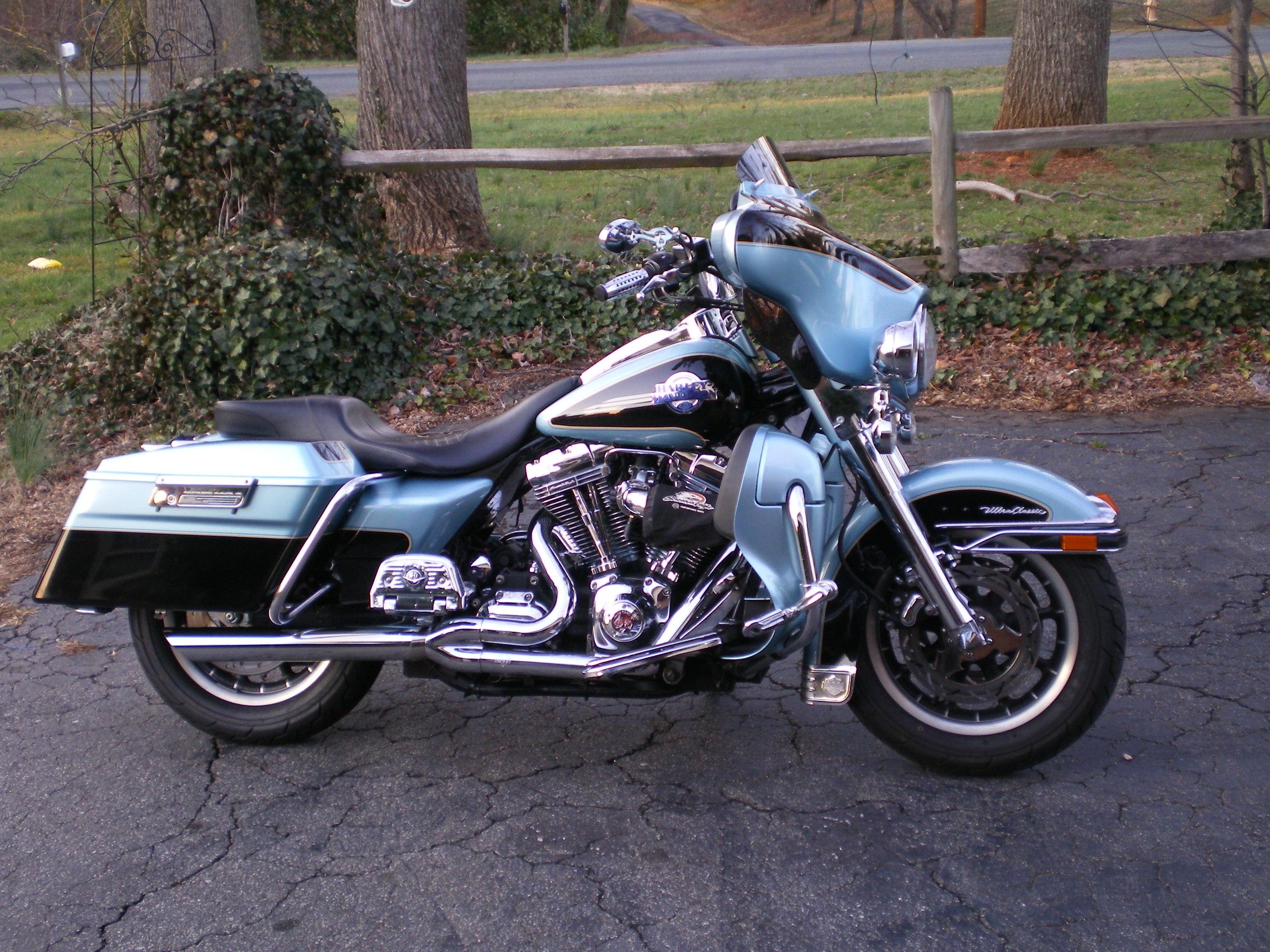 2007  Harley-Davidson Touring ULTRA CLASSIC picture, mods, upgrades