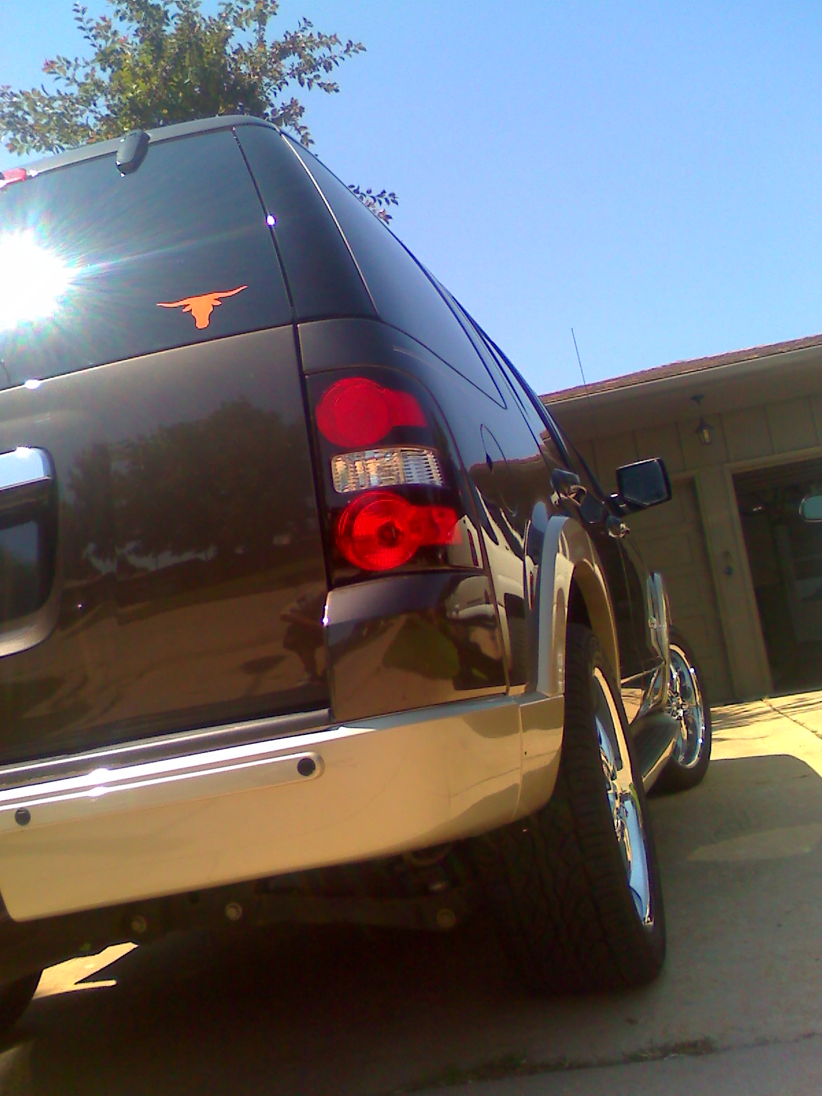2006  Ford Explorer Eddie Bauer V8 4x4 picture, mods, upgrades