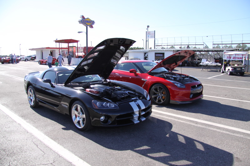 Stock 2008 Dodge Viper SRT10 Coupe 1/4 mile trap speeds 0-60 ...