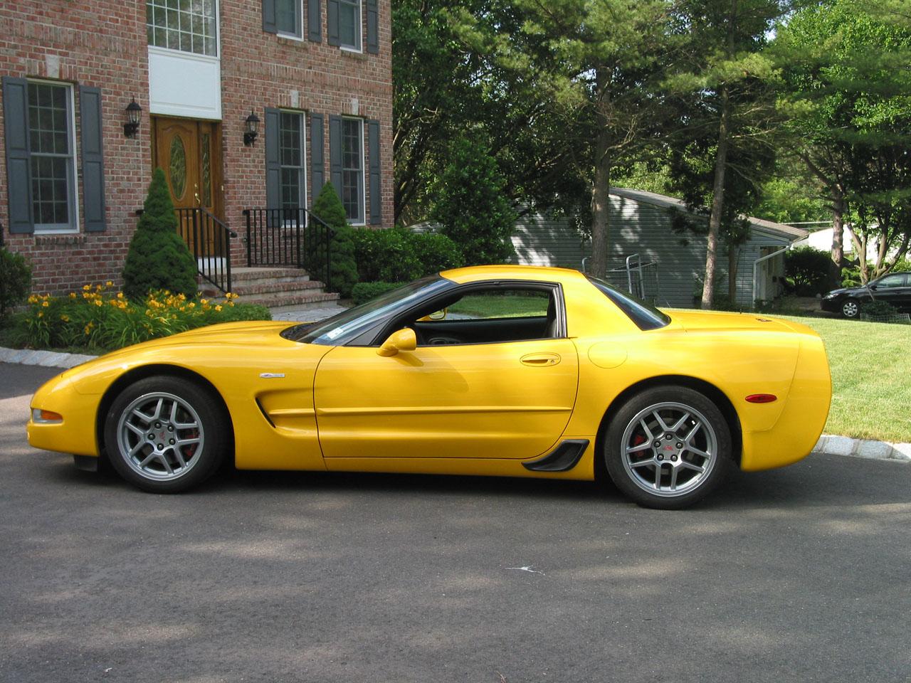 2004 Chevrolet Corvette Z06 1/4 mile Drag Racing timeslip specs 0-60 ...