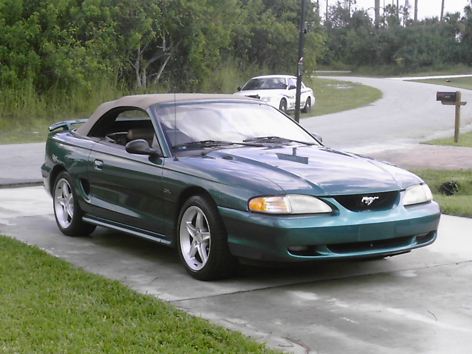 1997 ford mustang gt convertible picture mods upgrades
