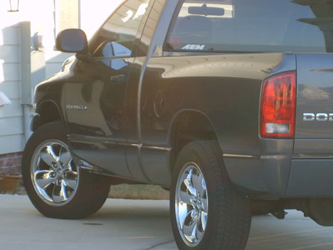 2004  Dodge Ram 1500 4x4 picture, mods, upgrades