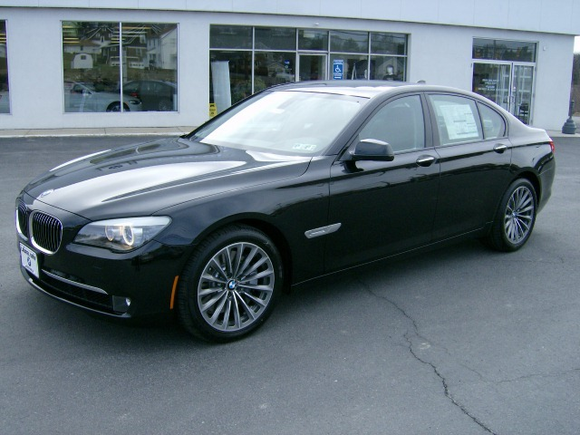2009  BMW 750i  picture, mods, upgrades