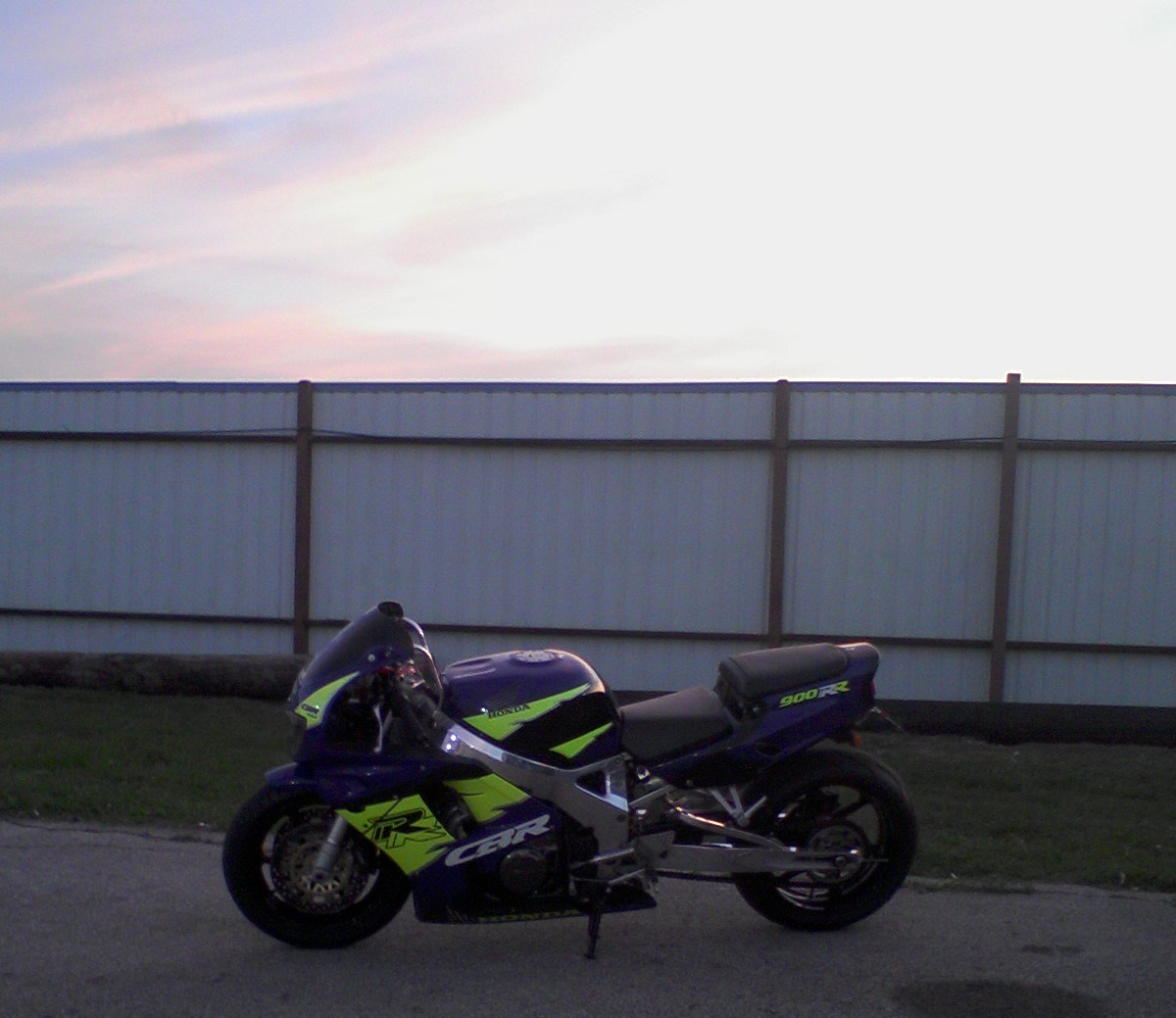 1995  Honda CBR 900RR picture, mods, upgrades