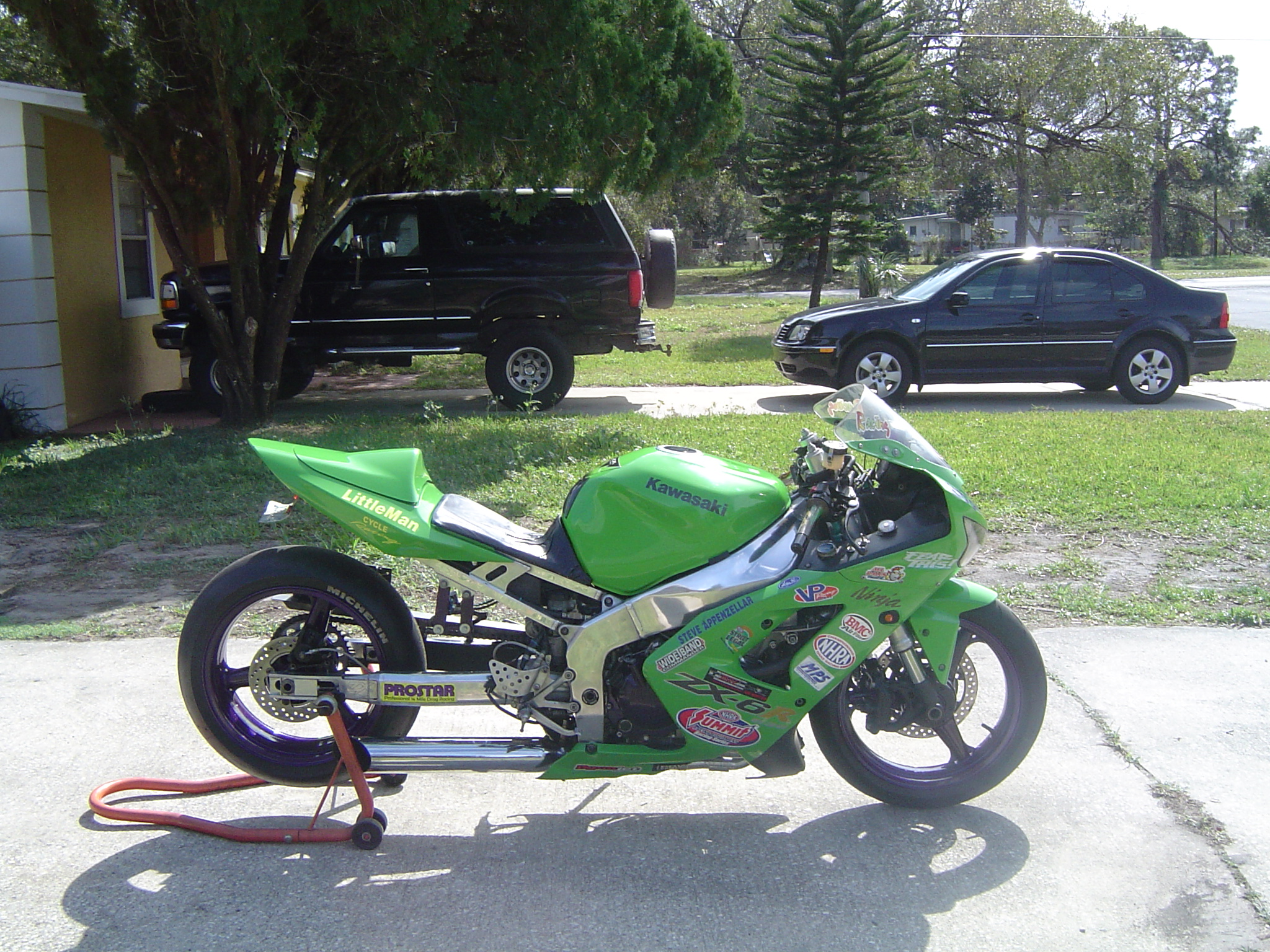 2004  Kawasaki ZX 6r 636 picture, mods, upgrades