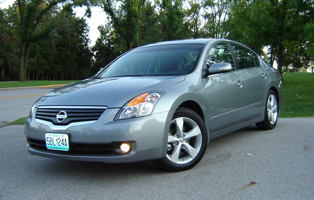 Stock 2007 Nissan Altima 3.5 SE CVT 1/4 mile trap speeds 0 ...