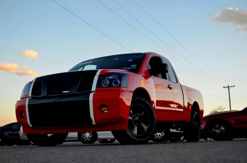 Race red with black and white stripe 2007 Nissan Titan SE, KC