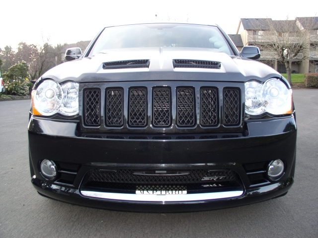Brilliant Black 2008 Jeep Cherokee SRT8