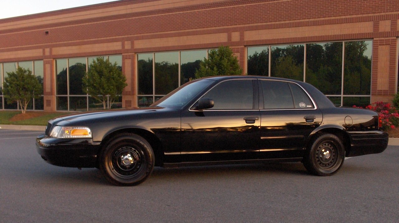 Ford Crown Victoria P