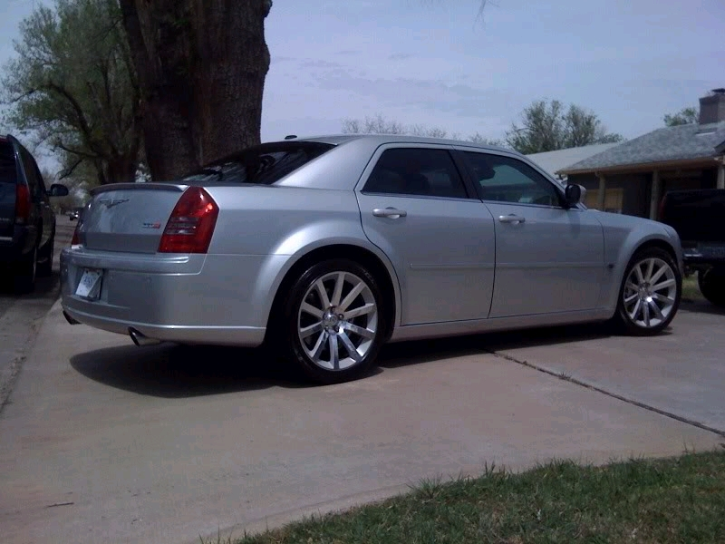 2007  Chrysler 300 SRT-8 picture, mods, upgrades