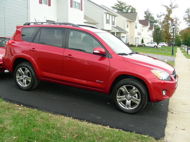 2010  Toyota RAV4 V6 AWD Sport picture, mods, upgrades