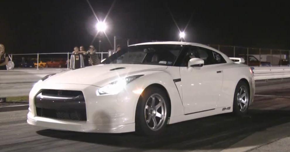 First Nissan GT-R in the 9's Drag Racing