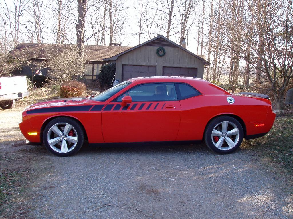 2009  Dodge Challenger SRT8 SRT8 picture, mods, upgrades