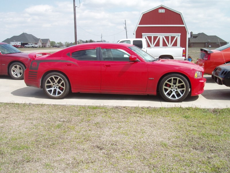 TorRed 2007 Dodge Charger SRT8