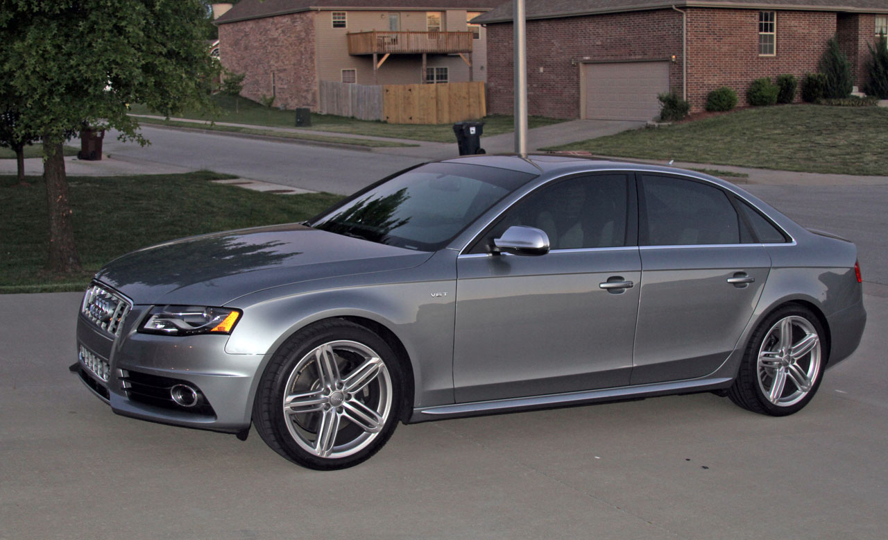 2010  Audi S4 Premium Plus picture, mods, upgrades