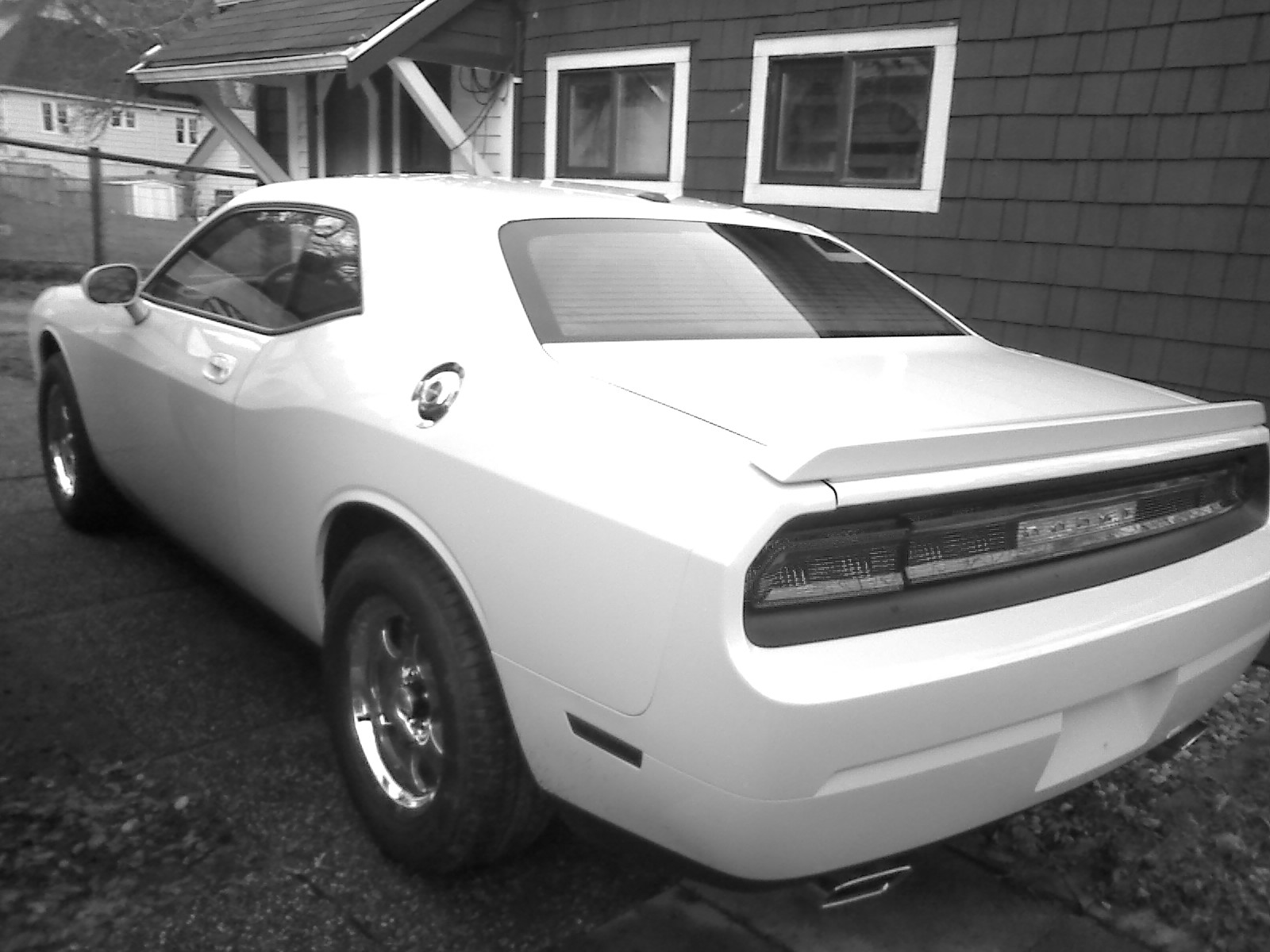 White 2010 Dodge Challenger R/T 6 Speed