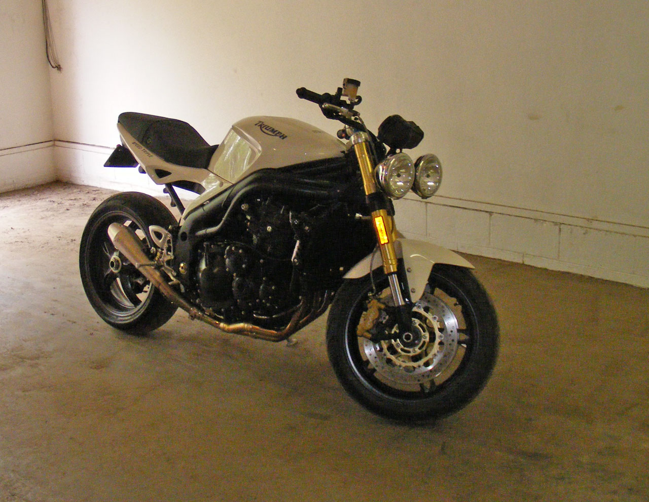 2007 Triumph Speed triple 1050 1/4 mile Drag Racing timeslip specs 0 ...