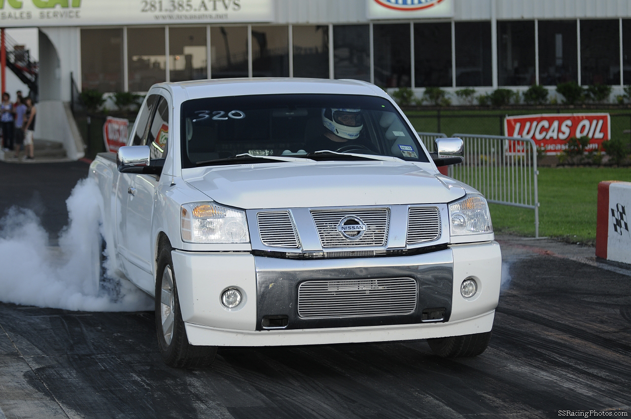 2005  Nissan Titan SE Garrett  GT 4094R Turbo picture, mods, upgrades