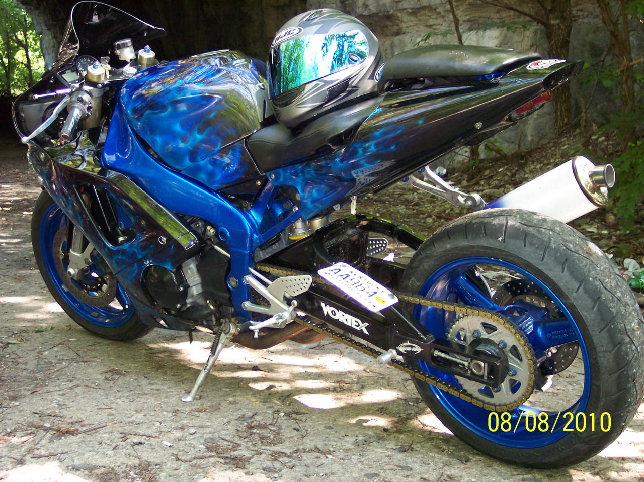 1999  Yamaha YZF r1 picture, mods, upgrades