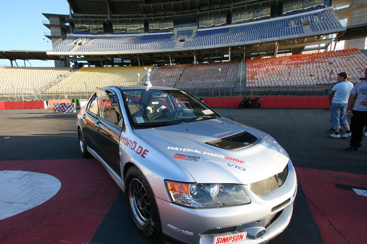 Mitsubishi Evo X Drag Racing