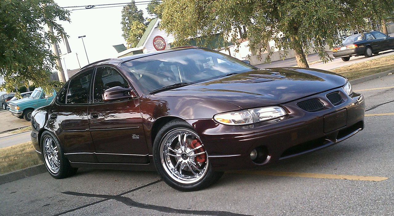 2002  Pontiac Grand Prix GTP 40th Ann. picture, mods, upgrades