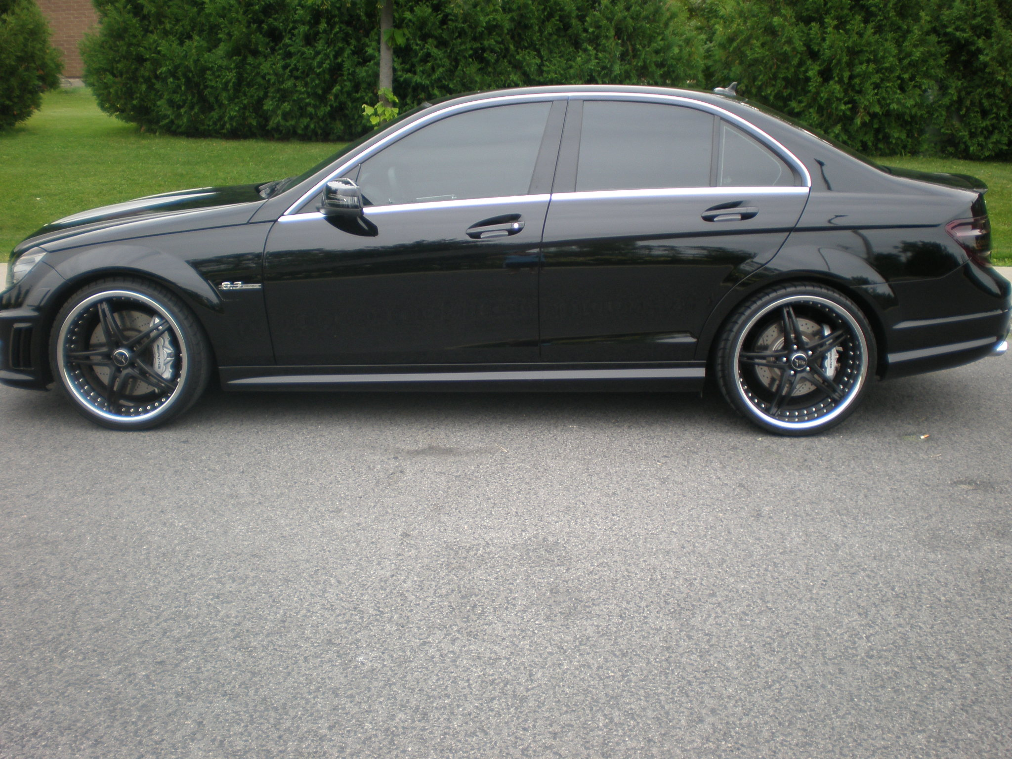 Stock 2010 mercedes benz c63 amg 1 4 mile drag racing for Mercedes benz c63 amg 2010