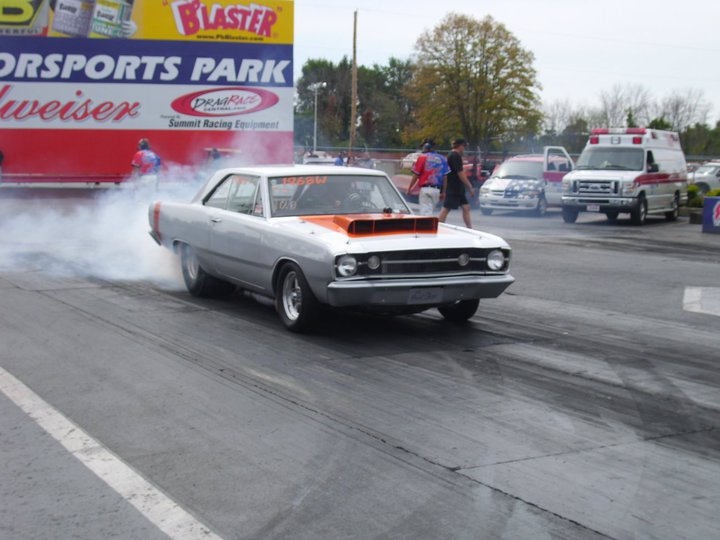 1968  Dodge Dart swinger picture, mods, upgrades