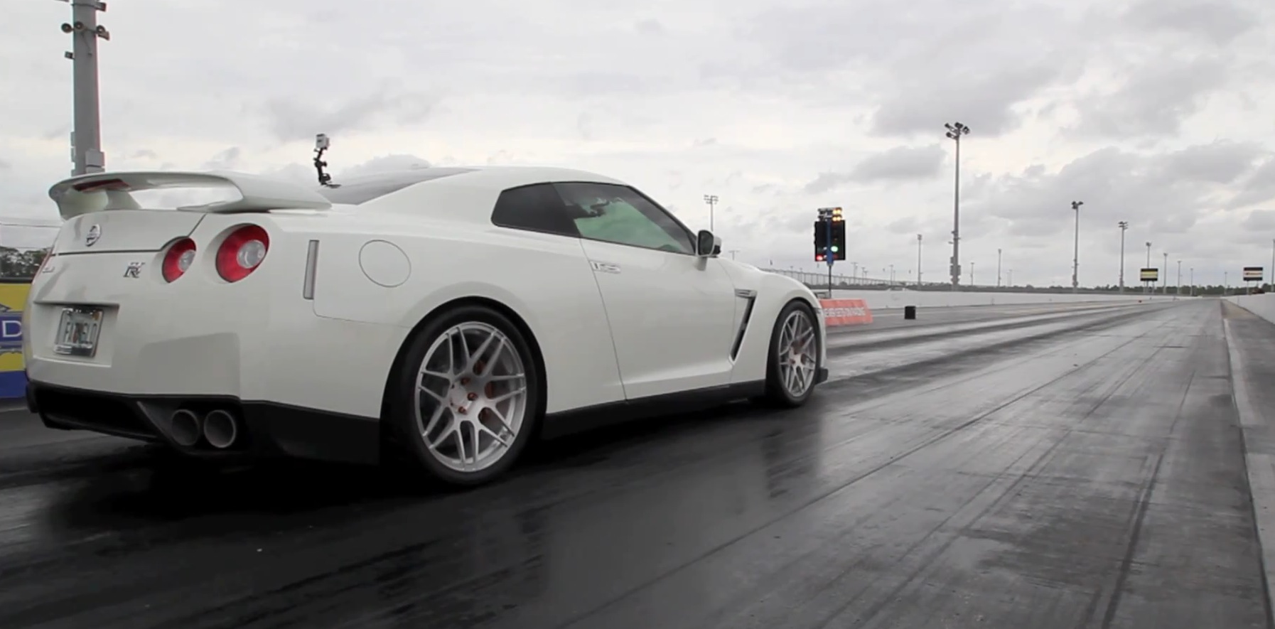2009  Nissan GT-R Switzer R900 picture, mods, upgrades