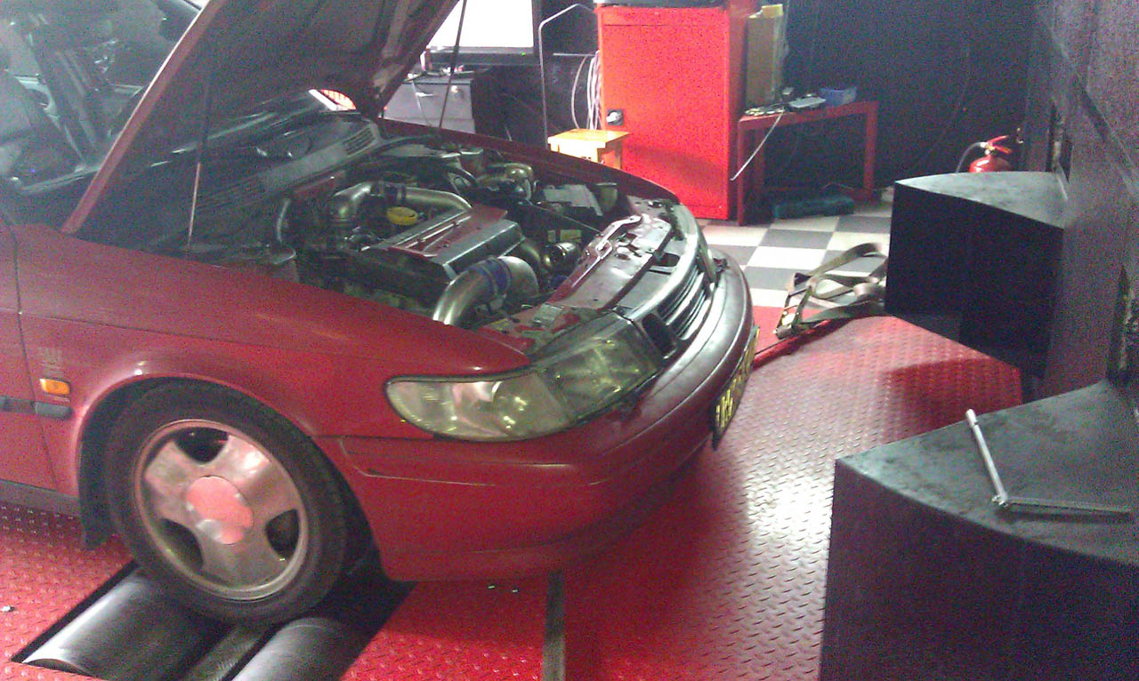 1993 Imola Red Saab 900 NG picture, mods, upgrades