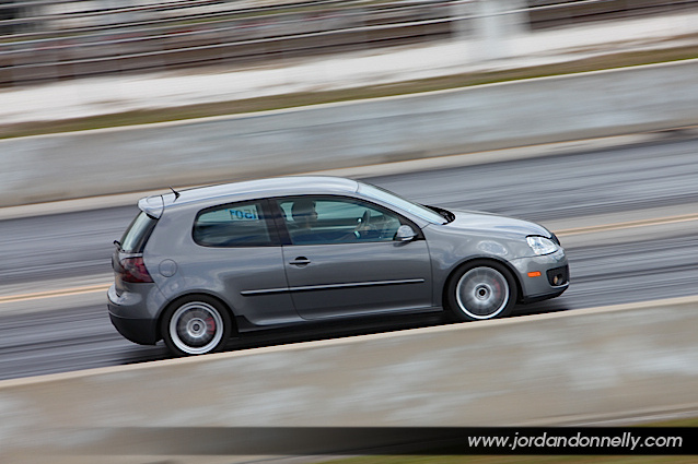 2007 Volkswagen GTI 1 4 mile trap speeds 0 60 DragTimes