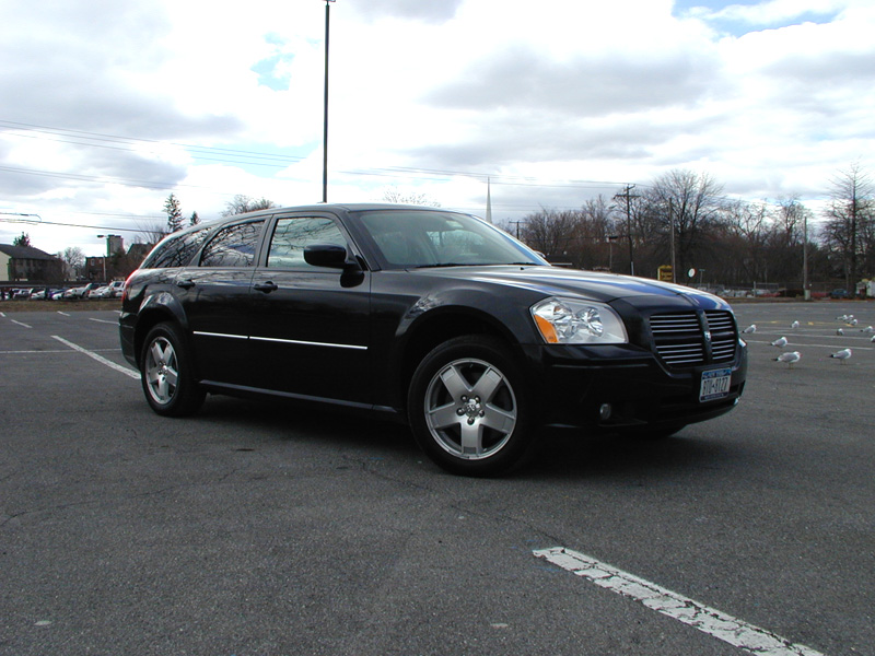 2006  Dodge Magnum R/T AWD picture, mods, upgrades