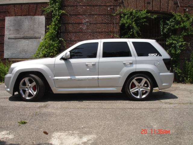 2010  Jeep Cherokee SRT8 WK1 picture, mods, upgrades