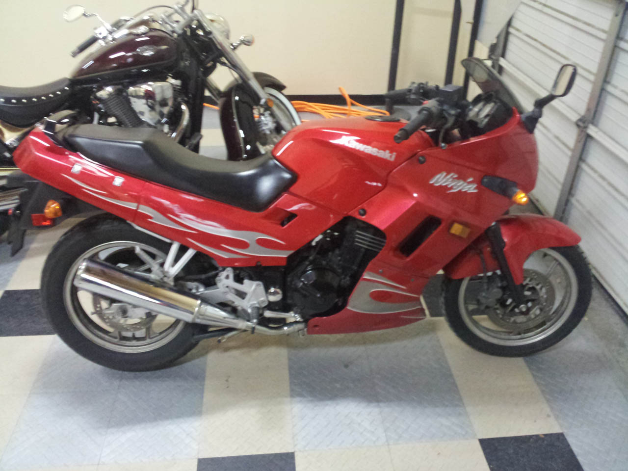 2007 Red w/tribal vinyl Kawasaki Ninja EX-250 picture, mods, upgrades