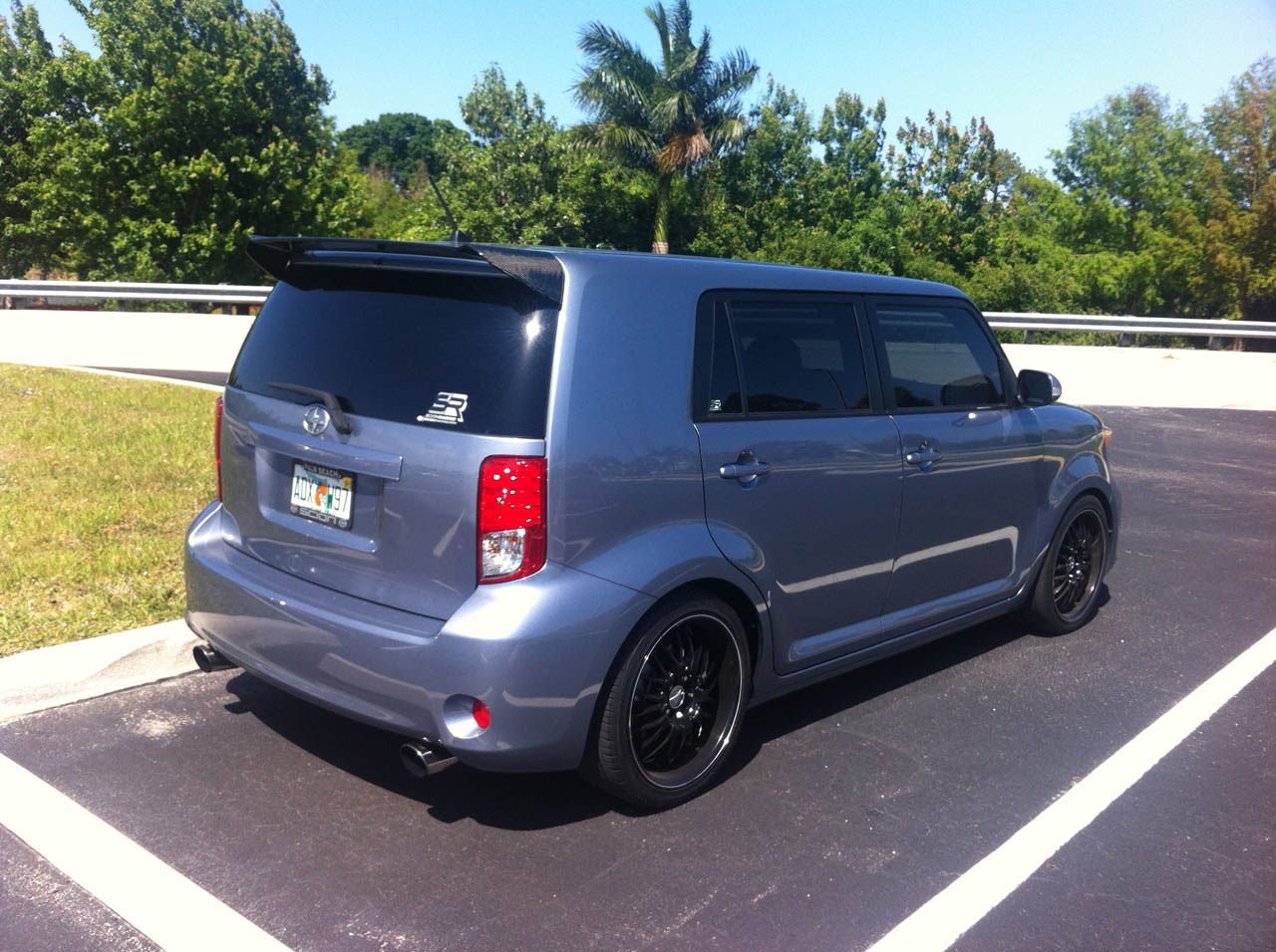 Stingray Metallic 2011 Scion xB A/T Turbo