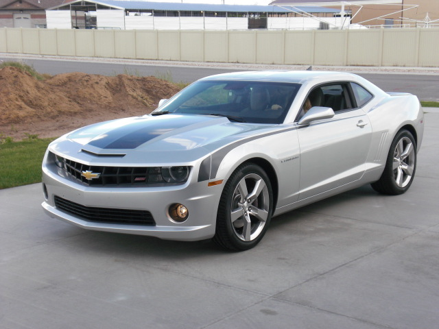 2010 Silver Ice Metallic Chevrolet Camaro SS picture, mods, upgrades