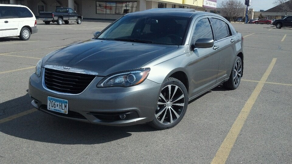Tungsten Grey 2011 Chrysler 200 S