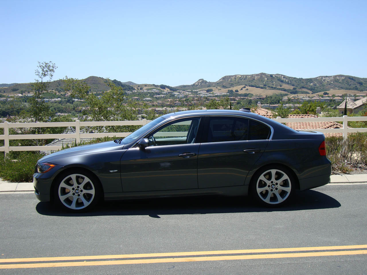 2007  BMW 335i Sedan JB4 E85 17 psi picture, mods, upgrades