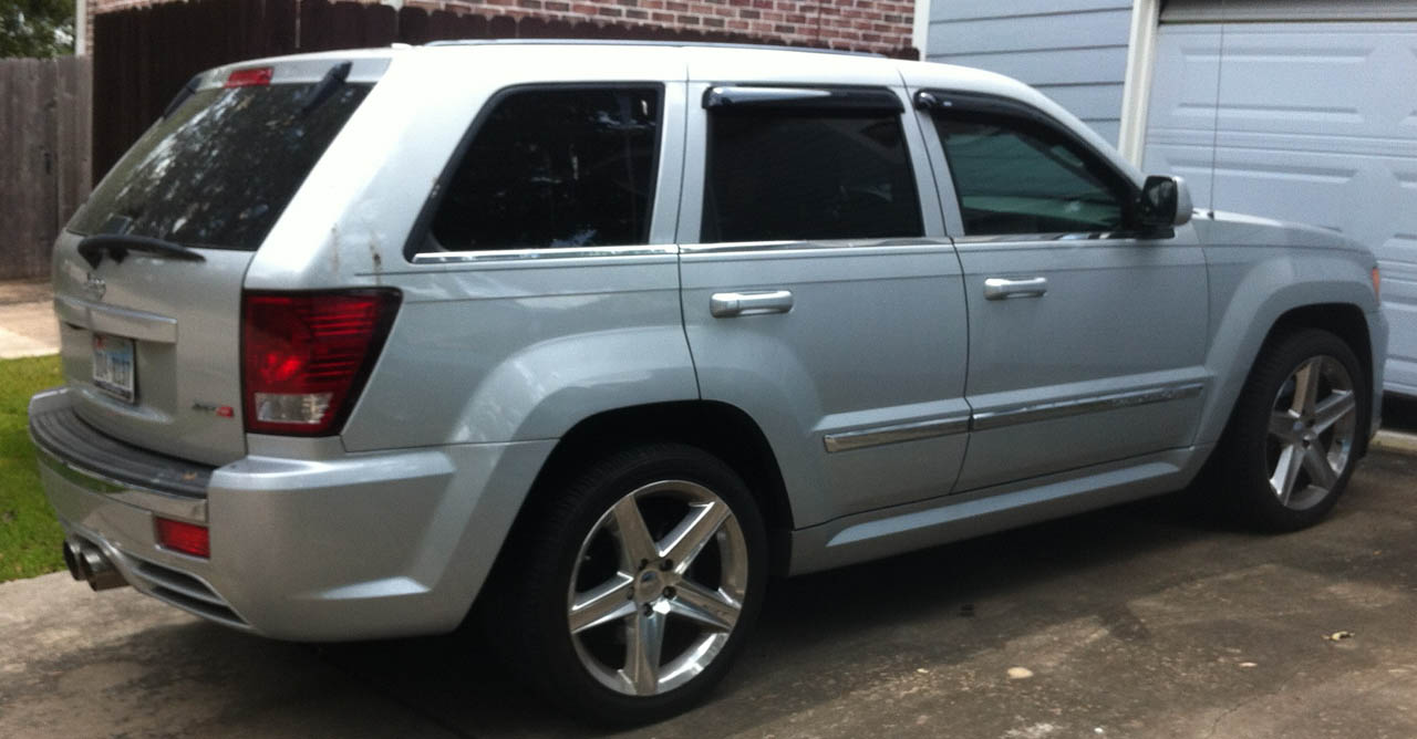 2008 Silver Jeep Grand Cherokee SRT8 picture, mods, upgrades