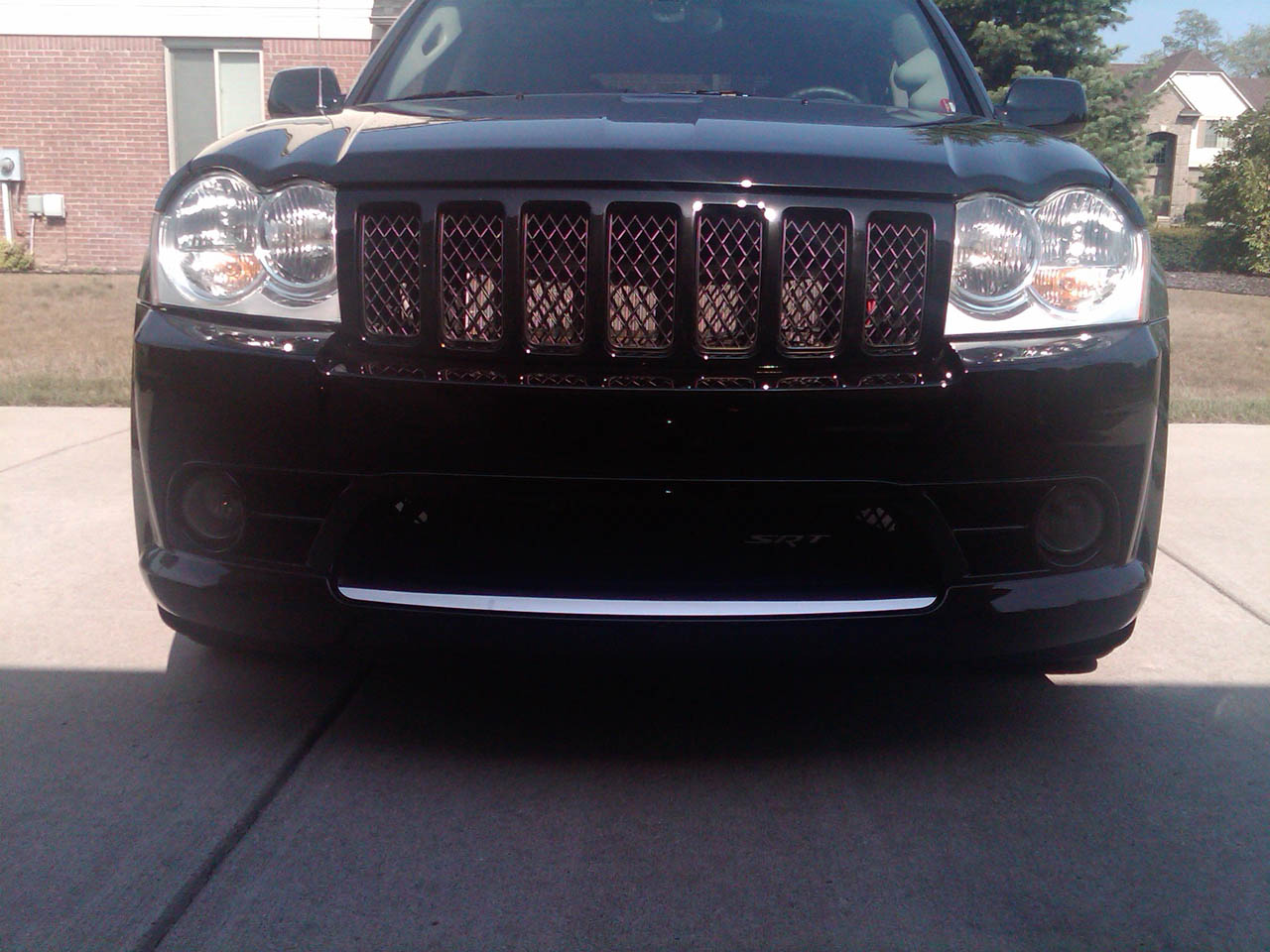 black 2006 Jeep Cherokee SRT8