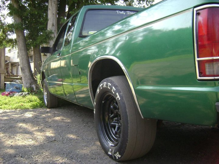 custom green 1992 Chevrolet S10 Pickup 2wd extcab
