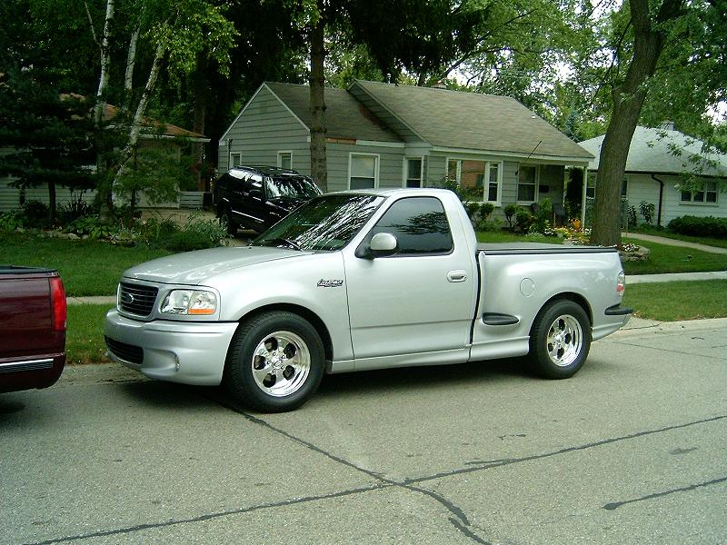 2002  Ford F150 Lightning SVT Lightning picture, mods, upgrades
