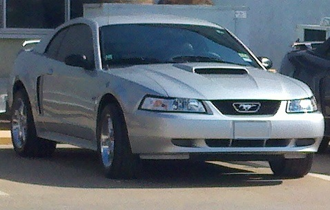 2001 Silver Ford Mustang GT picture, mods, upgrades